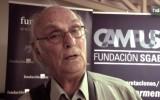 """El director de cine Carlos Saura, autor de tres documentales que ahondan en el folclore musical andaluz (Flamenco, Sevillanas y Flamenco, flamenco), considera que a Andalucía """"es muy difícil meterla en una caja"""" debido a su diversidad. """"Andalucía es muchas cosas distintas"""", nos cuenta. Saura asegura que """"una de las cosas maravillosas que tiene Andalucía a través de los siglos es que es una zona de España enormemente diferentes, con una personalidad distinta y muy entrañable""""."""