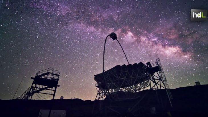 Un equipo de la Universidad de Jaén trabaja en el diseño de la torre de acceso a los Cherenkov Telescope Array. Se trata de la mayor red de telescopios del hemisferio norte, con base en la isla de La Palma, que permitirá observar los rayos gamma: la fuente de energía más potente del universo. La torre de acceso es un instrumento fundamental para dar estabilidad a la cámara del telescopio y facilitar la reparación del equipo en caso de avería. Participar en su construcción permitirá a los científicos tener acceso a los datos captados.