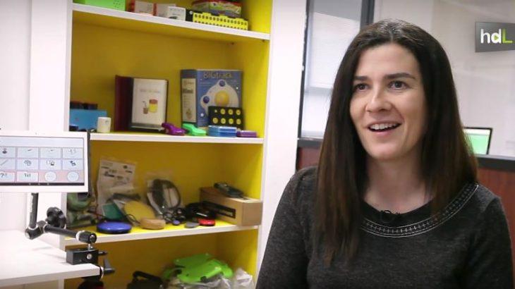 Doctora en Telecomunicaciones por la Universidad de Málaga, Esther García fundó la empresa Eneso en 2010, desde la que crean tecnología para personas con diversidad funcional. Es una de las ganadoras del premio 'Innovadores menores de 35 España 2016'. Entre sus dispositivos para mejorar la vida de este colectivo está 'enPathia', para controlar un ordenador con los movimientos de la cabeza y la creación de salas de estimulación sensorial. Tienen clientes en diferentes países europeos y están empezando a introducirlos en Latinoamérica.