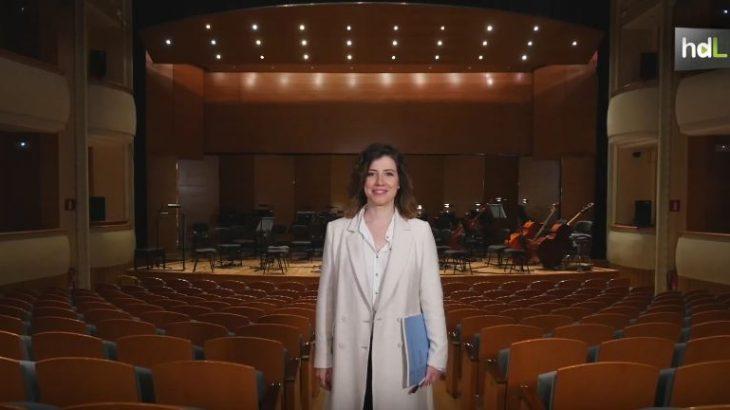 La sevillana Irene Gómez Calado pasará a la historia por ser la asistente de dirección de orquesta más joven que ha tenido la Scala de Milán. Se acaba de incorporar, en abril de 2017 con 29 años, como la mano derecha del maestro Paavo Järvi para un repertorio que incluye la ópera Don Giovanni de Mozart. No es el único mérito de Irene que se perfila como un firme valor en el ámbito de la dirección musical. Lo suyo promete ser un ascenso fulgurante.