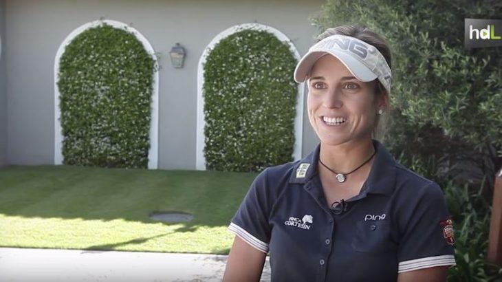 Su padre jugaba al golf y desde pequeña lo ha visto hacerlo. Así que con 14 años la joven malagueña Noemí Jiménez empezó a convertirse en una jugadora profesional. Ha formado parte ya de la selección española y ha competido en torneos en EE.UU. Compite en el Ladies European Tour y en 2015 ocupó el tercer puesto en el Ranking Mundial Amateur Femenino.